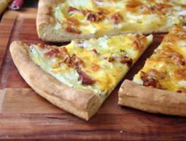 [13] Sedliacka pizza